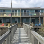 Beautifully Remodeled W/magnificent Oceanfront Views!