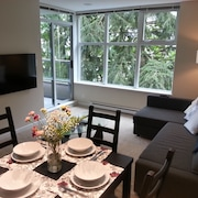 Great View! Entire Condo. Modern, Quiet, Bright 2BD With gym @ SFU
