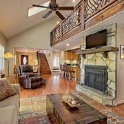 Mountains, Rustic Seclusion W/private Hot Tub, Swim, Tennis & Golf in Sky Valley