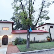 Rated 5-stars BY OUR Guests!/great Location/fire Pit/private