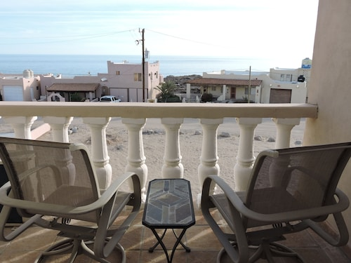 2 Bed,2 Bath Upper Condo Only Steps From the Beach. 360 Degree Views.of Ocean!