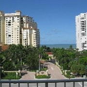 2/2 Penthouse With Gulf View, Heated Pool, Across From Beach Access
