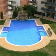 P-116. Very Nice Apartment With Large Pool, air Conditioning and Parking