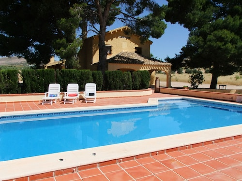Country House With Pool, 50 Minutes From THE Beach