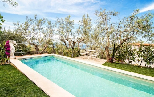 Amalfi Coast Villa With sea View and Private Swimming Pool