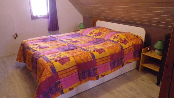 2 間臥室、熨斗/熨衫板、嬰兒床、Wi-Fi