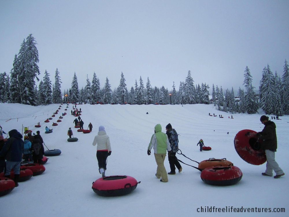 , 4 SKI Resorts, Hiking Trails, Lakes, Family Reunion, Corporations & More