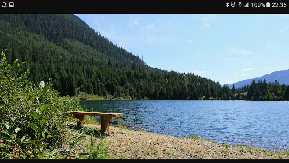 Lake, 4 SKI Resorts, Hiking Trails, Lakes, Family Reunion, Corporations & More