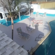 Private Pool Home Minutes From Beach Sleeps 8