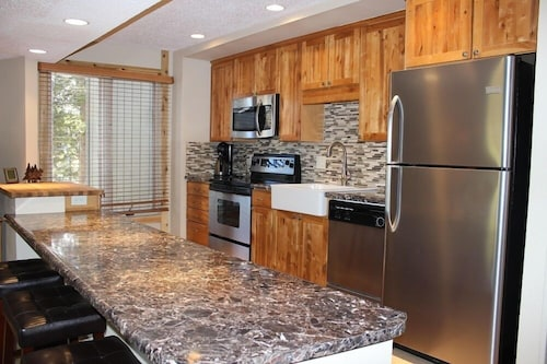 Newly Remodeled 2 Bed/2 Bath Condo - Peak 8 Breckenridge