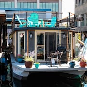 Rock to Sleep in This Delightful Houseboat Home in Seattle!