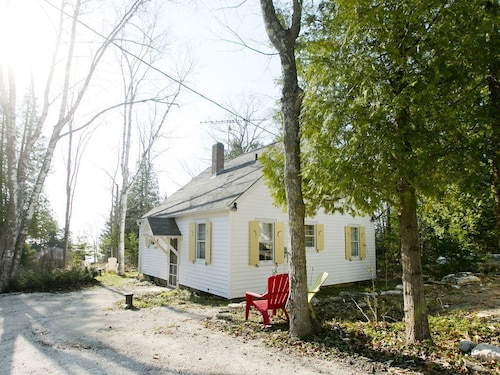 Private Cottage Situated on a Rock Bluff Located in Downtown Baileys Harbor