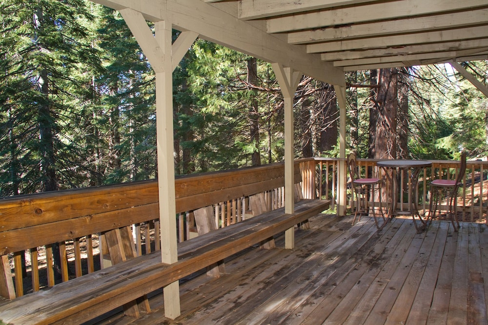 Beautiful Al At Lake Almanor For Families Groups And Social Retreats 2017 Room Prices Deals Reviews Expedia