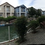Sparks Marina Waterfront Home- Private Dock, Close To Local Events & Casino's