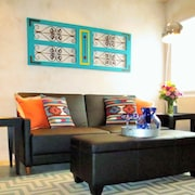 Superb Santa Fe Hq-prime Location in the Heart of Santa Fe-decked Digs