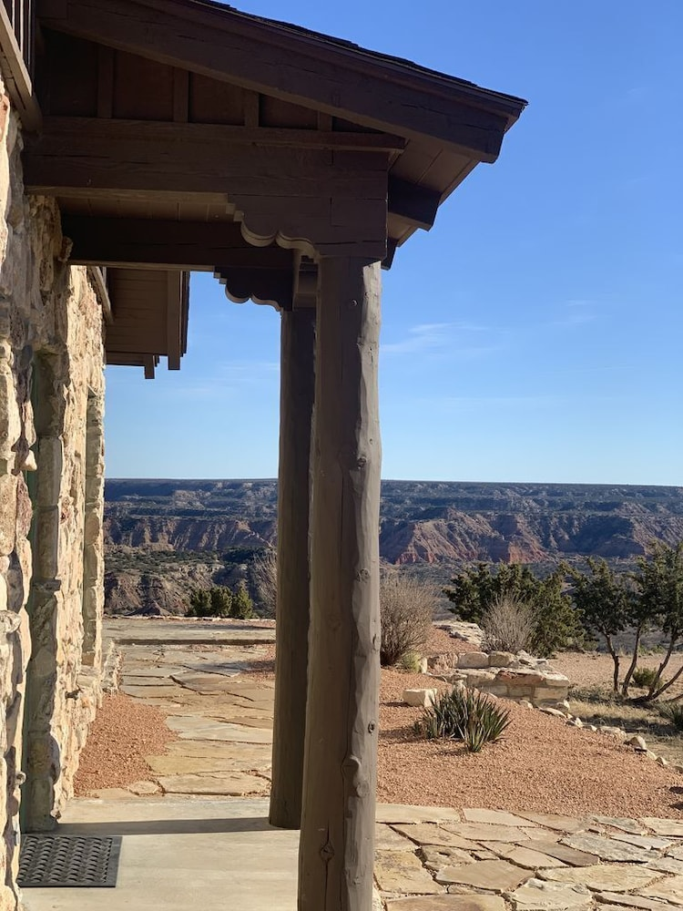 , Doves Rest Cabins - Skyhouse, on the West Rim