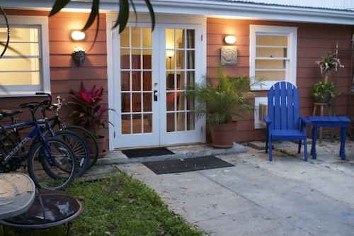 Faubourg Marigny Cottage W Private Courtyard Walk To Frenchquarter&frenchman St