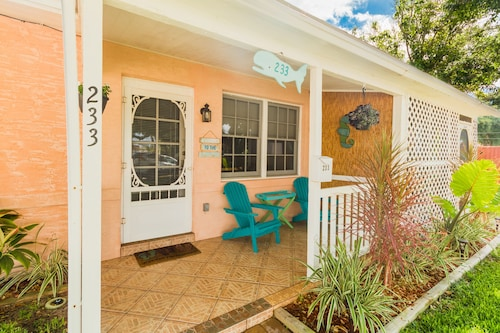 best cocoa beach cottages for 2019 find cheap 78 cottage rentals rh travelocity com cocoa beach cabin rentals