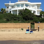 2 Apartment IN Villa ON THE Waterfront AND THE Dunes Sabaudia 2