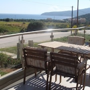 Sandra`s sea View at Sounio. Only 6 Minutes Drive to the Temple of Poseidon