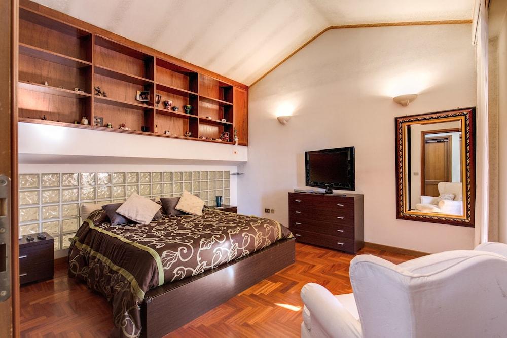 Relax Per Due.Villa Relax Le Due Palme Ciampino In Rome Hotel Rates