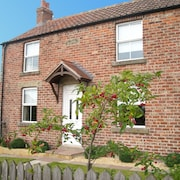 Welcome to Argil Cottage, a Family Cottage for 5 in the North York Moors