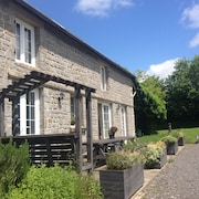 4****self Catering, Sleeps 10, Linen Etc Inc, Spacious Gite, Pets Welcome