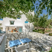 200 Meters From Agia Anna/plaka Beaches, Family-friendly, Quiet With Garden