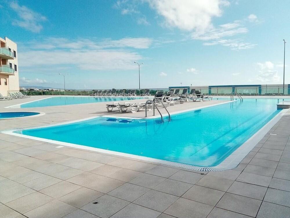Reef Beach Ericeira Apartment - Free Swimming Pool, Free Wifi, 5 m ...