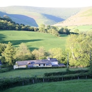 Alpaca Cottage 4 Rural Retreat Near Crickhowell in the Brecon Beacons