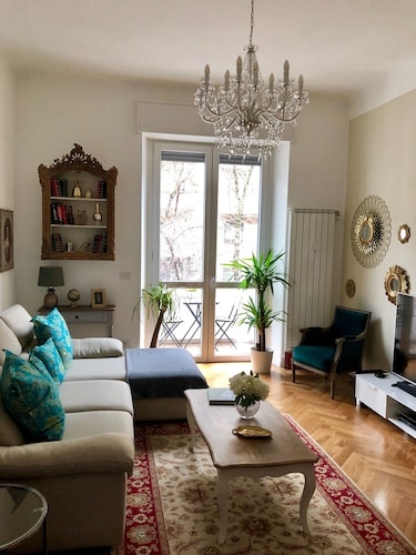 Elegant Stay in the Center of Milan (, )   Expedia.it