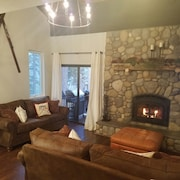 N. Lake Tahoe Vacation Rental in Incline Village, Remodeled, Centrally Located