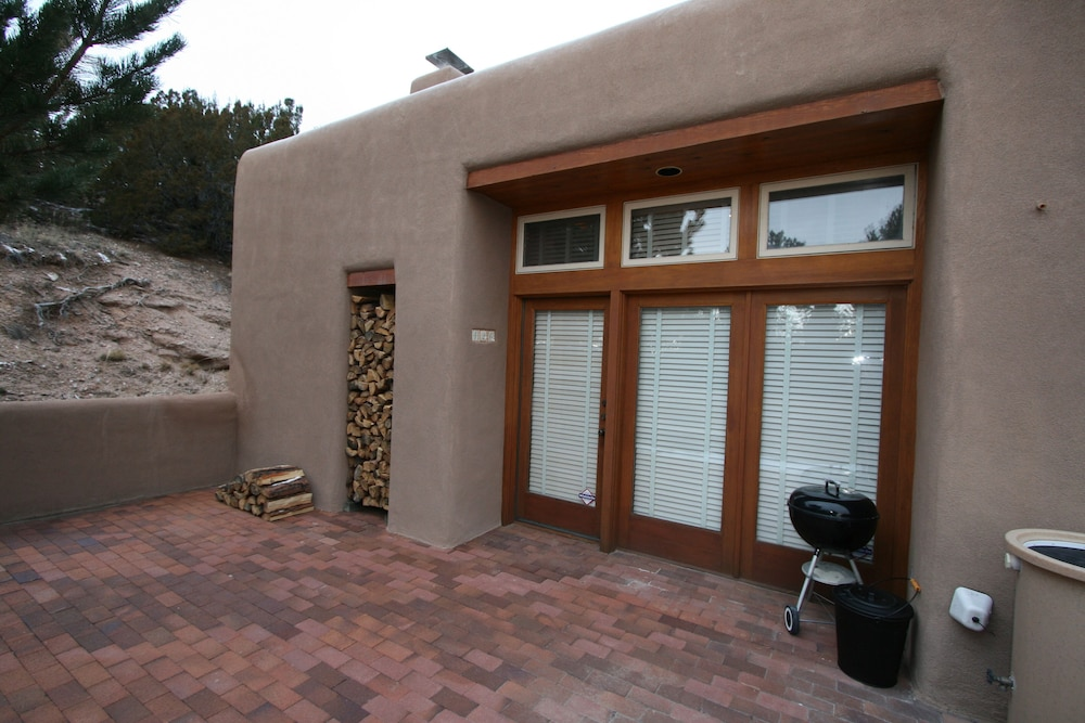Terrace/Patio, Upscale Retreat Minutes From The Famous Santa Fe Plaza