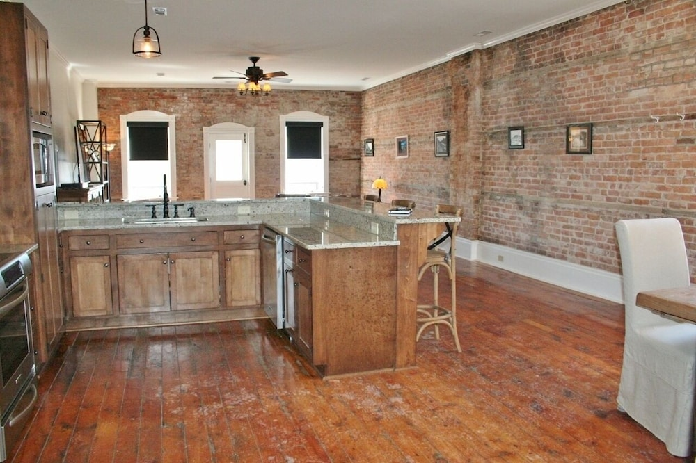 Private Kitchen, The Loft on Salmon River