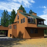 Peaceful 2Br Cabin in the Pines! Relax / Retreat / Play