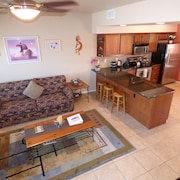 Great Central Location! - Vacation Townhome - Red Rock Views