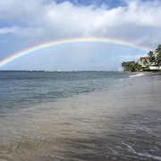 Only Beachfront Resort In Lahaina Towne!