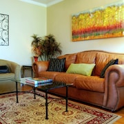 Serene Sanctuary 2 Bedroom With Garage Parking in Hillcrest San Diego