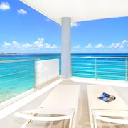 NOW Open! Spectacular 2 Bedrooms, 2 1/2 Bath Beach Front Condo ON Simpson BAY