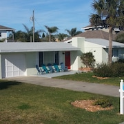 Ormond by the Sea Beach Cottage, Quiet, kid & dog Friendly, Moments to the Beach
