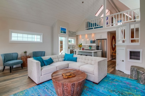 Completely Upgraded 4 BR 3 Bath, Sleeps 12,steps To Ocean And Bay- Central Air