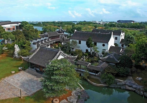 Tongli Lakeview Hotel