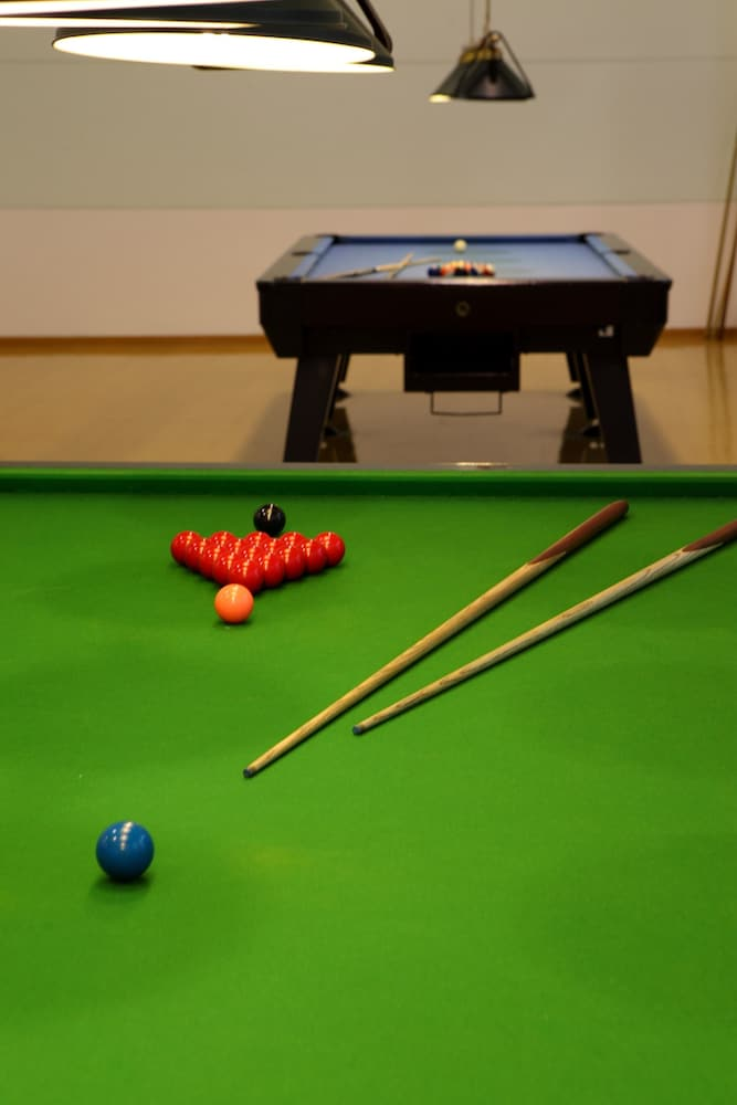 Billiards, Tongli Lakeview Hotel