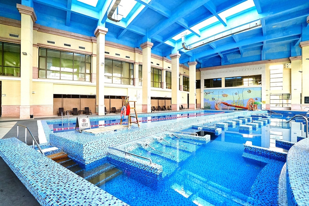 Indoor Pool, Tongli Lakeview Hotel