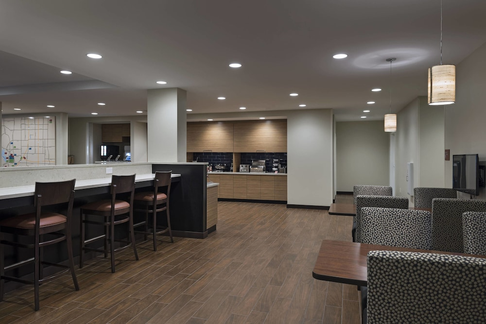 Dining, TownePlace Suites by Marriott Tacoma Lakewood