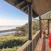 Pacific Ocean View - 5 Br home by RedAwning