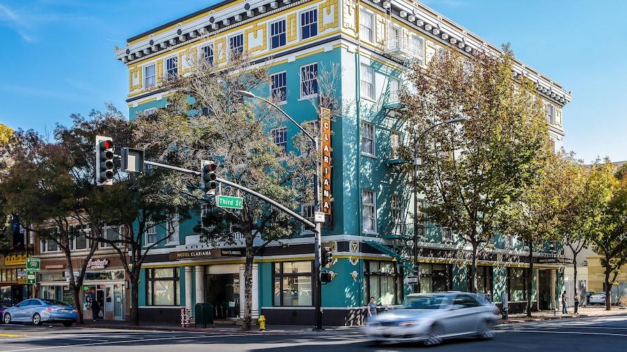 Hotel Clariana