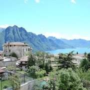 House LA Terrace - Large House With Lake View, 3 Bedrooms, Sleeps 8