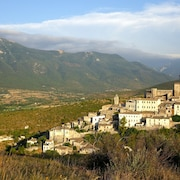 5*house Breathtaking Views, in the Historical Beautiful Village of Capestrano