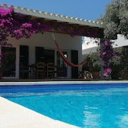 Biniancolla Villa With Pool and Garden